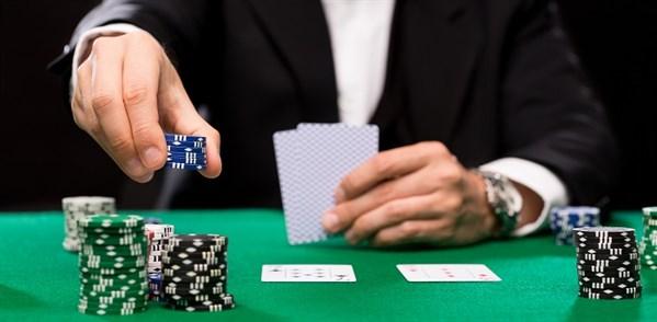 poker player making a bid