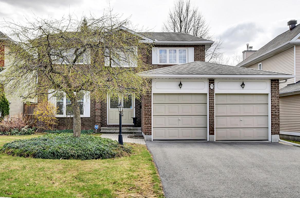 9 Stradwick Avenue, Barrhaven, Ontario
