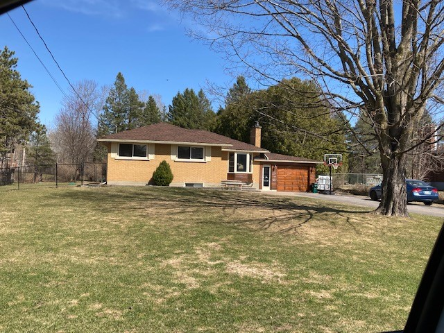 1429 Cedar Lane, Greely, Ontario